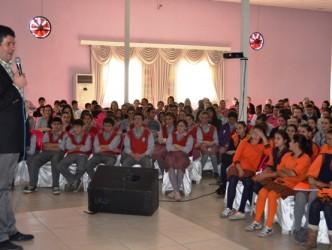 3 Bin öğrenciye seminer