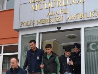 İstanbul'dan Gelip Alaplı'da Sigara Çaldılar