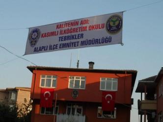 KASIMLI İÖO'NA PANKARTLI TEBRİKLER
