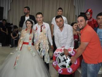 SUAT ŞEN'E ALTIN YERİNE JANT HEDİYE