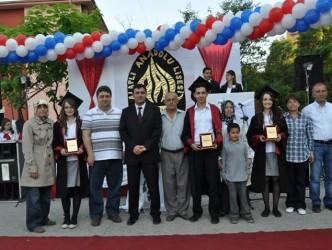 ANADOLU LİSESİNDEN 80 ÖĞRENCİ ÜNİVERSİTEYE GİRDİ