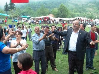 GÜMELİ'DE BAL GİBİ FESTİVAL