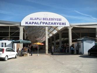 KAPALI PAZAR YERİNDE ENGELLİ SORUNU