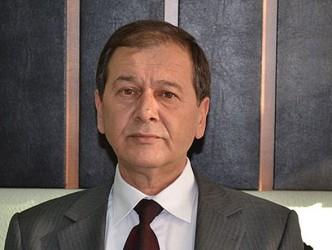 CÖBEK'İN YETKİLERİ ELİNDEN ALINDI