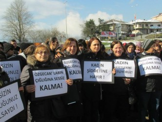 ALAPLI'DA ÖZGECAN'IN ÖLDÜRÜLMESİ PROTESTO EDİLDİ