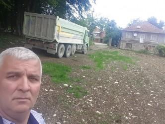 MEZARLIK YOLLARINI PARKE YAPTIRIYOR